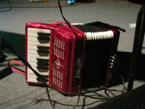 Estrella the Little Red Accordion-Thing